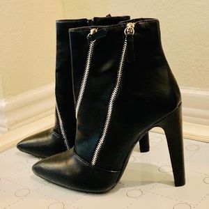 Motorcycle stiletto ankle booties w/zipper detail